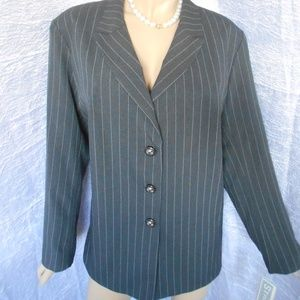 Nwt $90 THE DYANNA B 22W Gray Button Down Jacket